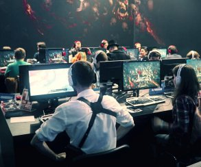 «ИгроМир» с Дашей: «Гвинт», Mafia 3, Dawn of War 3, Infinite Warfare