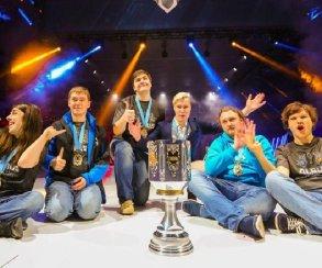 Российская команда впервые за 3 года попала в мировой турнир по LoL