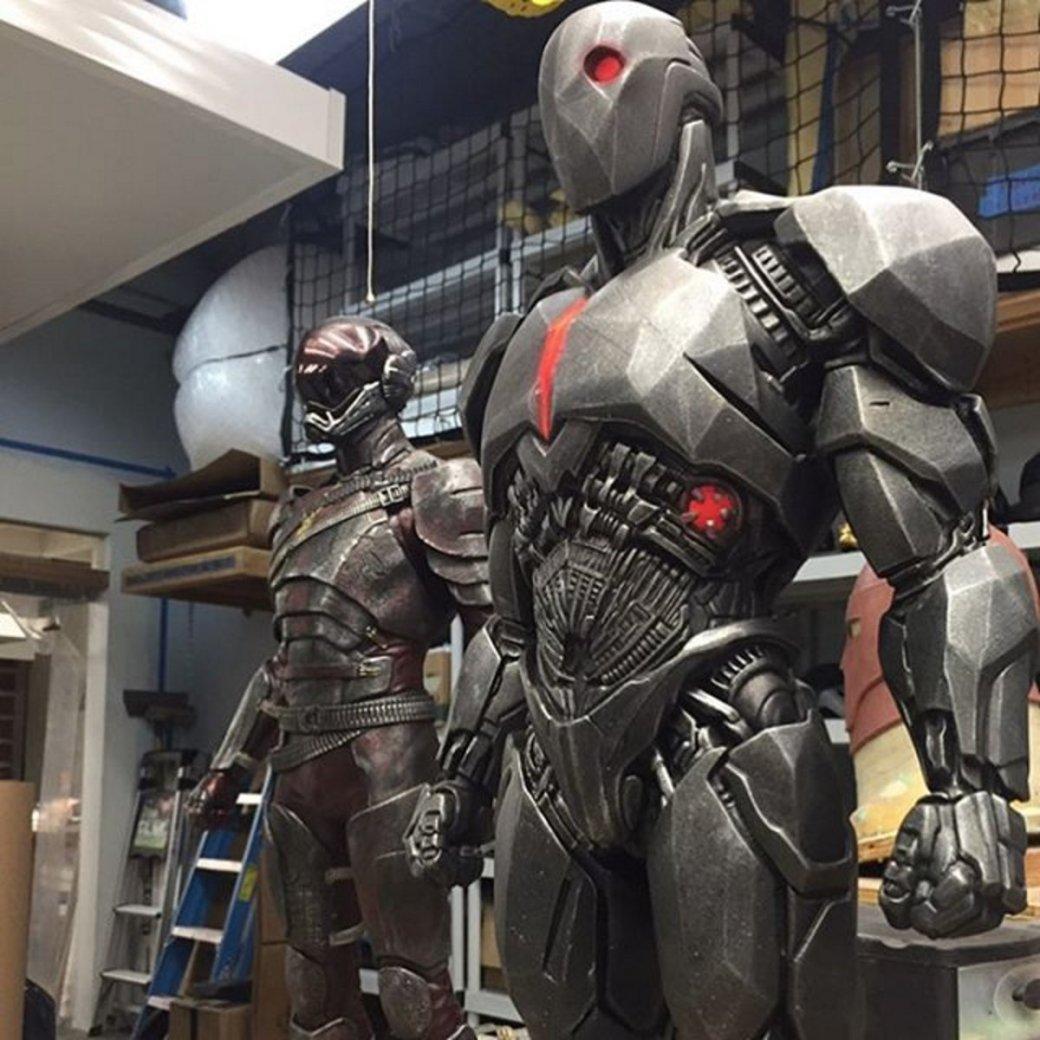 Прототипы костюмов Флэша и Киборга из BvS и «Лиги» впечатляют. - Изображение 1