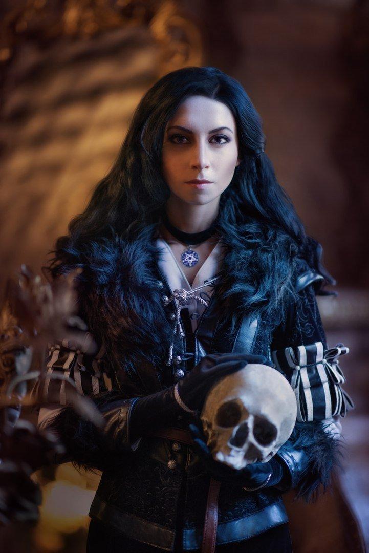 Косплей дня: две разных Йеннифэр изThe Witcher3. Какую выберетевы? - Изображение 1