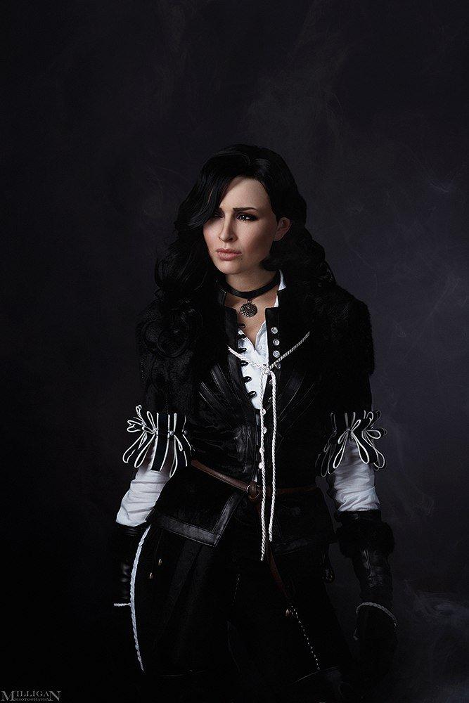 Косплей дня: две разных Йеннифэр изThe Witcher3. Какую выберетевы? - Изображение 11