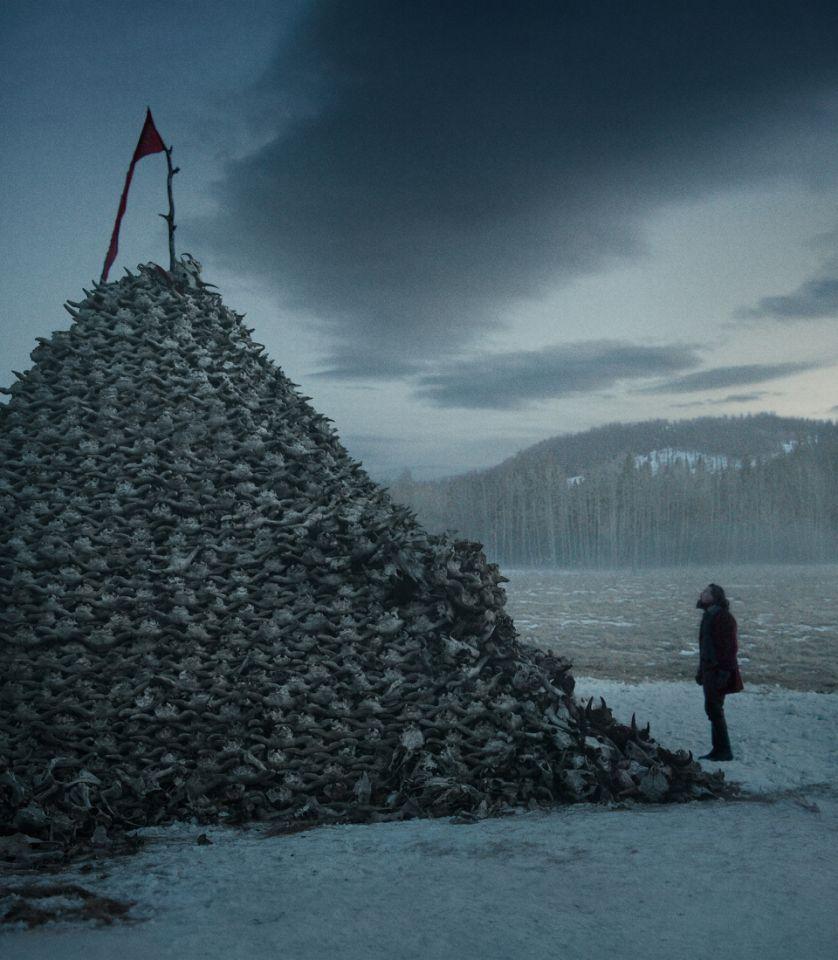 Новые фото из «Выжившего» Алехандро Иньярриту: ДиКаприо и гора черепов - Изображение 1