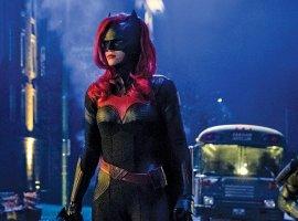 Отпоследнего сезона «Стрелы» до прекраснойБэтвумэн: все трейлеры сериалов The CWсSDCC 2019