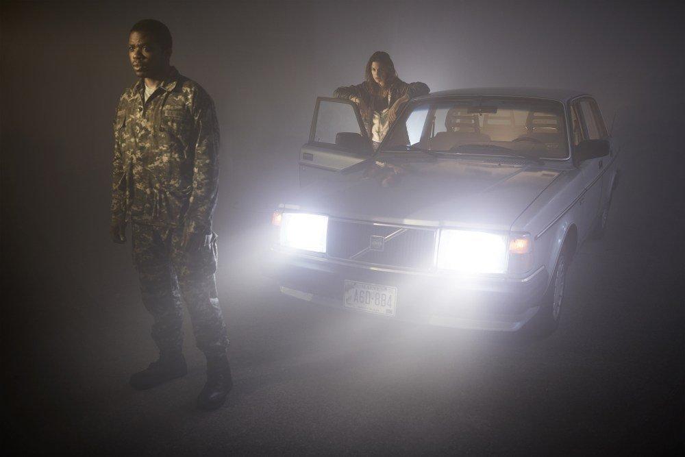 Кто прав? Сериал «Мгла» по Стивену Кингу ругают критики и хвалят гики | Канобу - Изображение 4