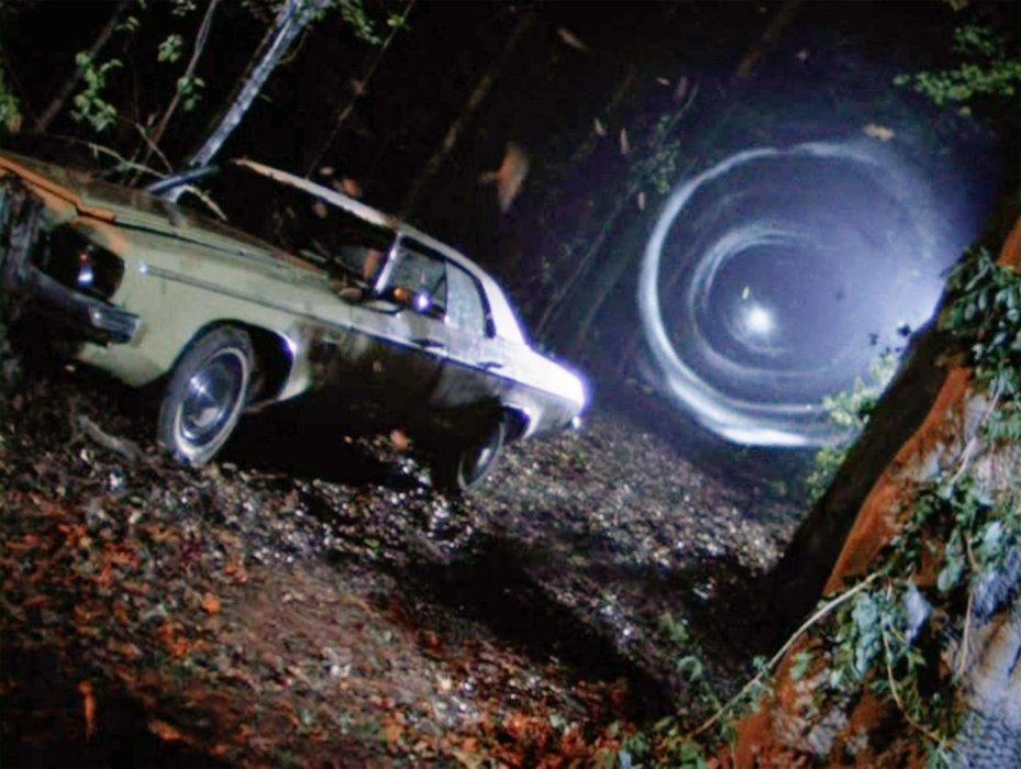 Что общего у«Человека-паука» и«Зловещих мертвецов»? Хинт: это автомобиль… | Канобу