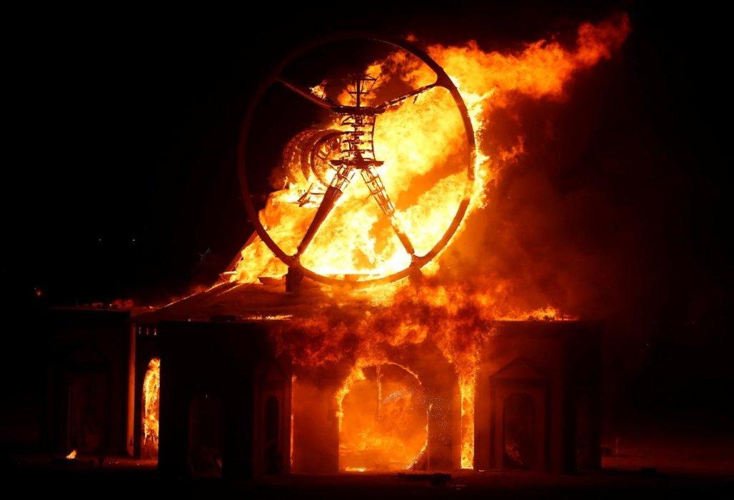 Фестиваль Burning Man 2016: безумие в пустыне | Канобу