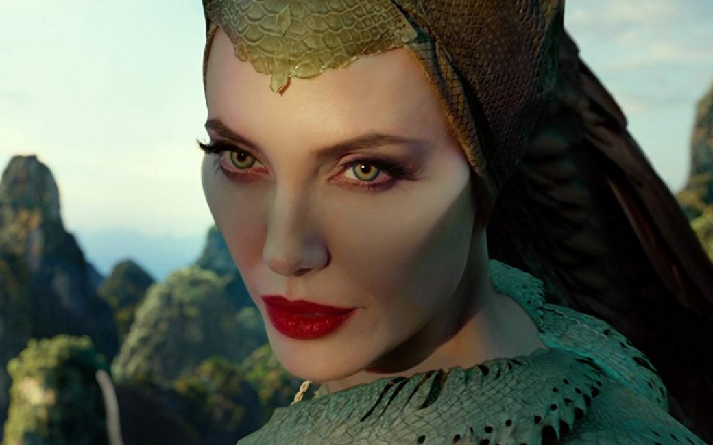 «Малефисента: Владычица тьмы». Удаласьли еще одна сказка Disney сАнджелиной Джоли?